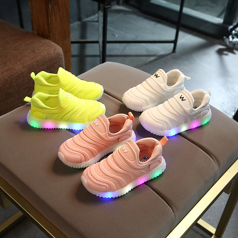 2018 Lovely nice LED lighting baby shoes Slip on kids girls boys sneakers soft high quality shinning children casual shoes
