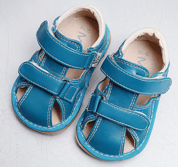 little boys squeaky sandals leather squeakers 1-3 years kids handmade summer shoes menino sapatos fun baby shoes blue brown soft