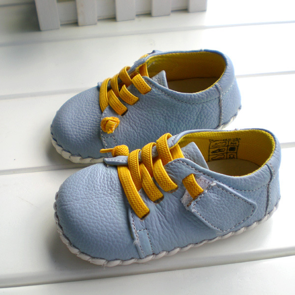 2018 OMN Brand Genuine Leather Shoes Indoor Baby Shoes Boys Girls Soft Anti-skid Toddler Shoes Fashion Light Blue First Walkers