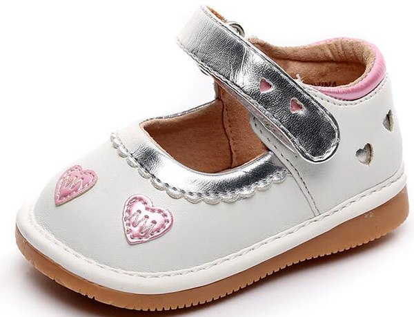 little girls squeaky shoes squeakers 1-3 years kids handmade love hearts shoes spring autumn nina sapatos fun baby silver shoes