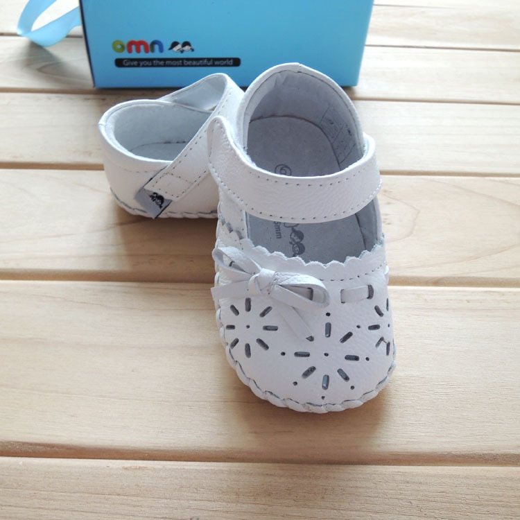 Spring/summer style 2018 OMN leather shoes, girls toddler shoes 1610-WH white color fretwork fashion first walkers